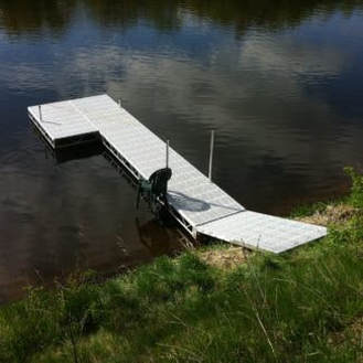 Ridgeline dock with ramp